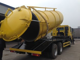 China HF7 7000kg 12M3 Sewage Suction Truck 6X4 EURO II Option 290HP 336HP supplier