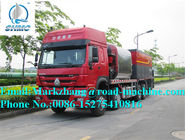China Sinotruk Howo 8M3 Synchronous Chip Sealer Road Construction Equipment factory